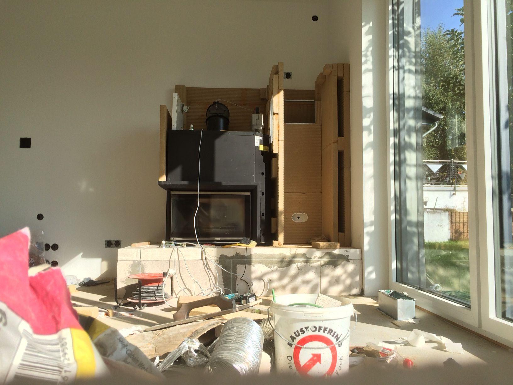 das holzlagerfach auf der rechten seite nimmt langsam form an die w rmed mmplatten werden mit. Black Bedroom Furniture Sets. Home Design Ideas