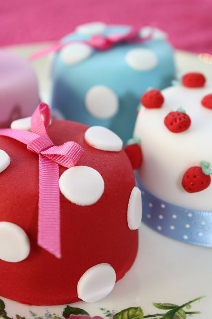 the little cake parlour, red white and soft blue petit four cakes