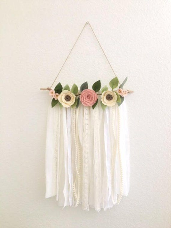 FLORAL WALL HANGING // Shabby Chic Wall Hanging // Felt Flower Wall Hanging // Farmhouse Decor // Flower Wall Art // Nursery Decor