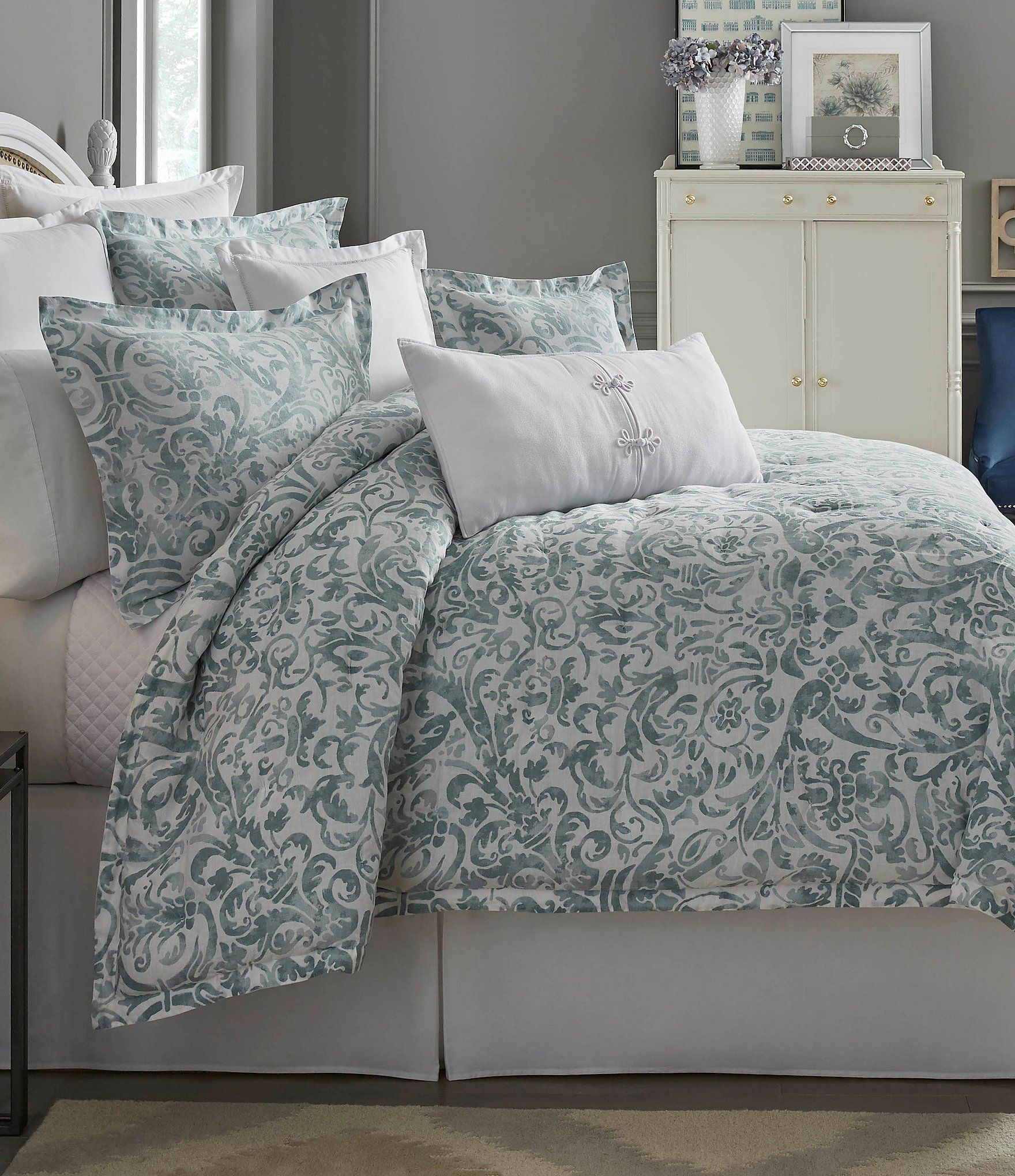 every her southern dillards has home bed living decor bedrooms in woman things stylish house essentials idea bedroom bedding