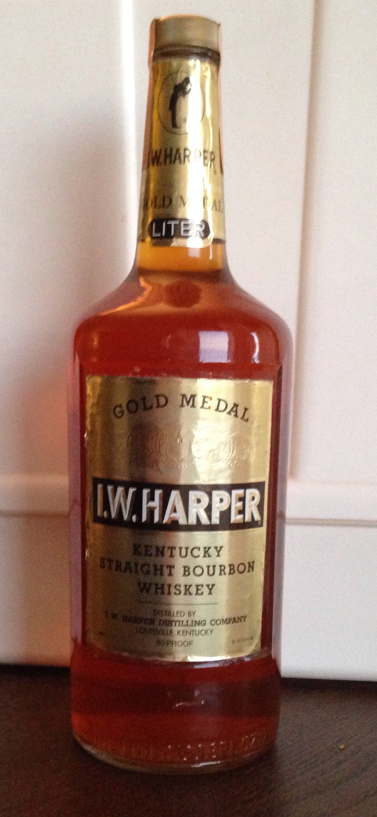 I W Harper Gold Medal Bourbon Early 80s 1981 Tax Stamp This One S A Little Weird Bourbon Kentucky Straight Bourbon Whiskey Bottle Label Design