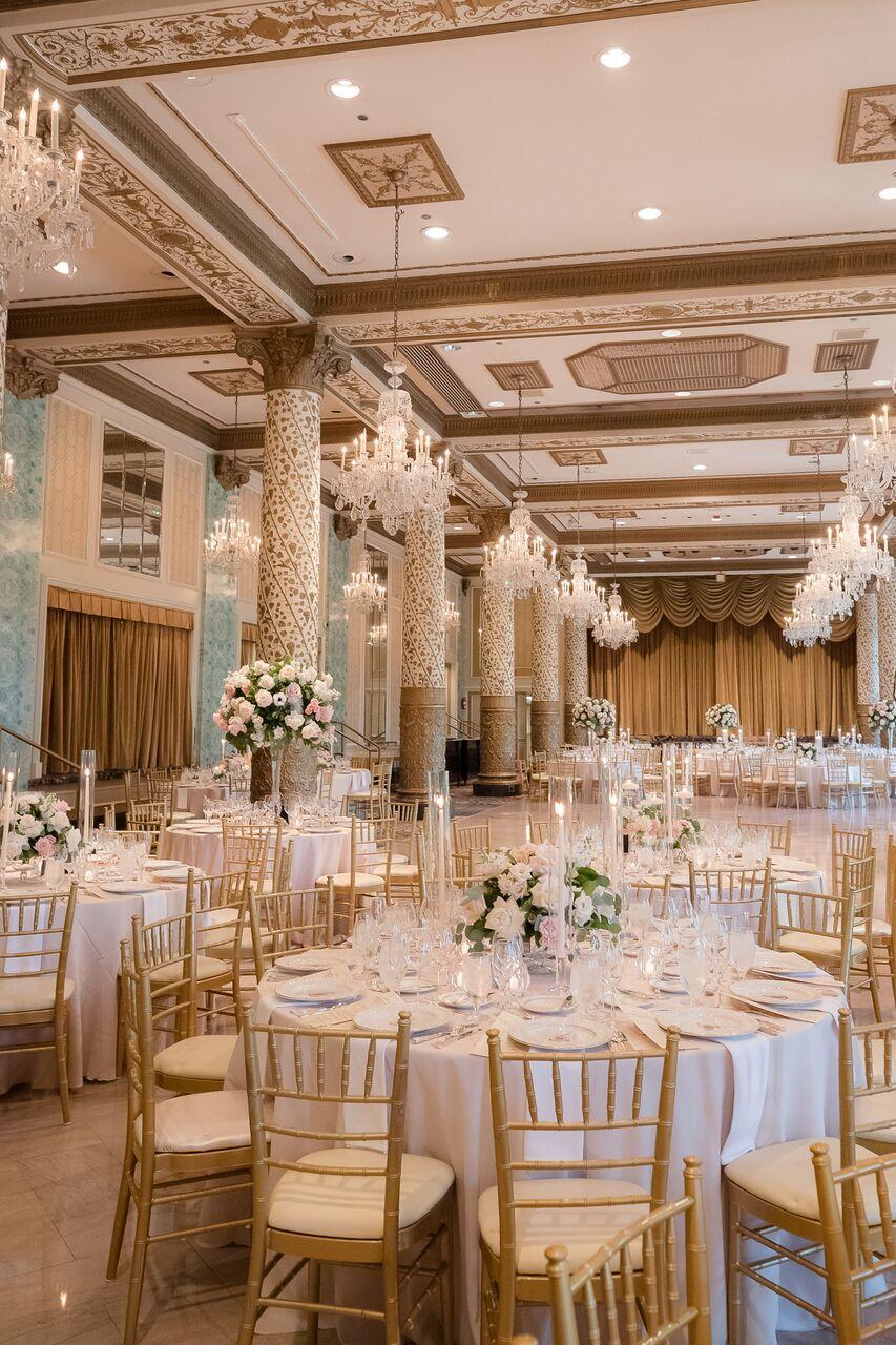 Stunning all white Chicago ballroom wedding reception at