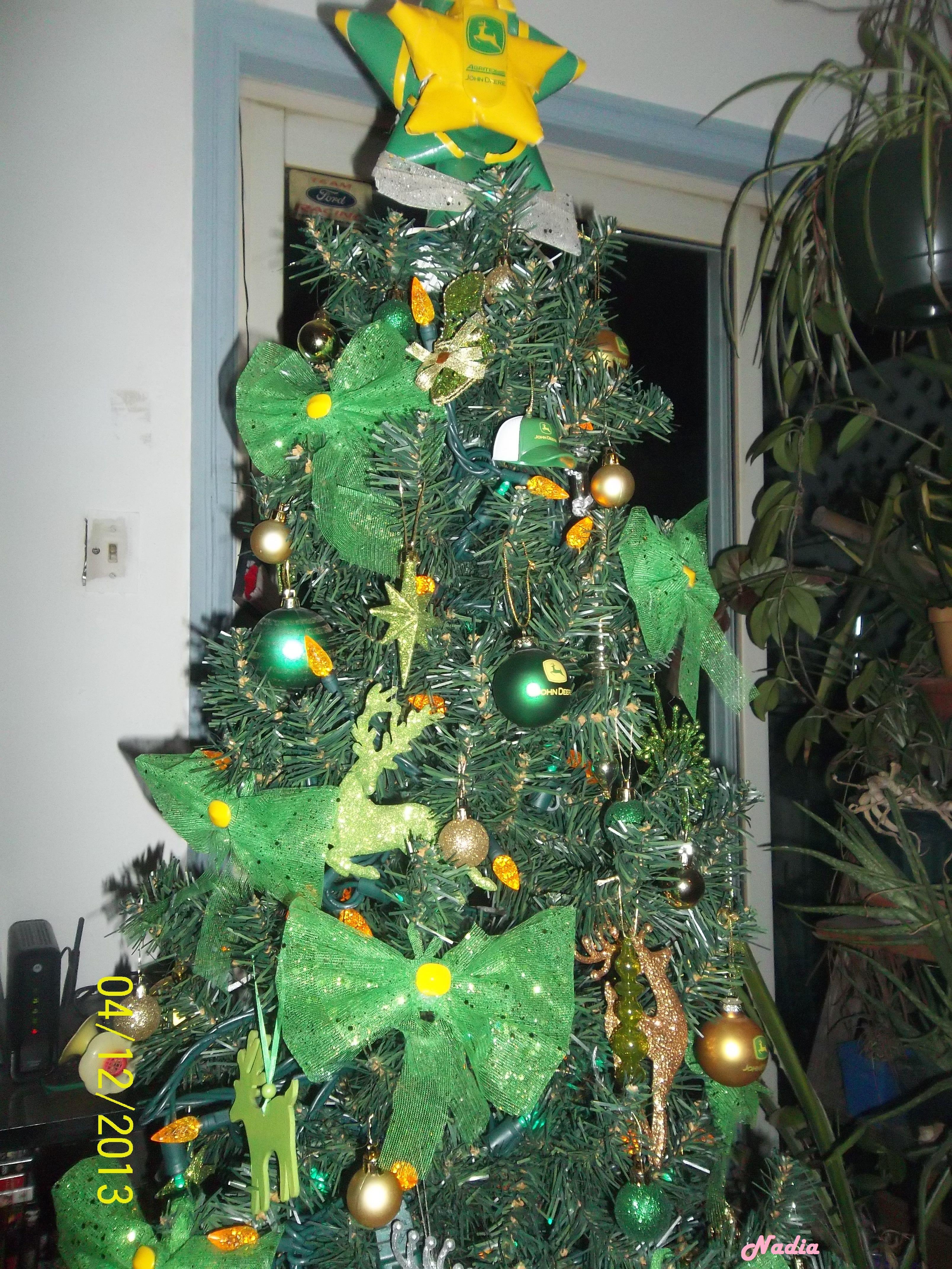John Deere christmas tree by nadia | Christmas Trees | Pinterest ...