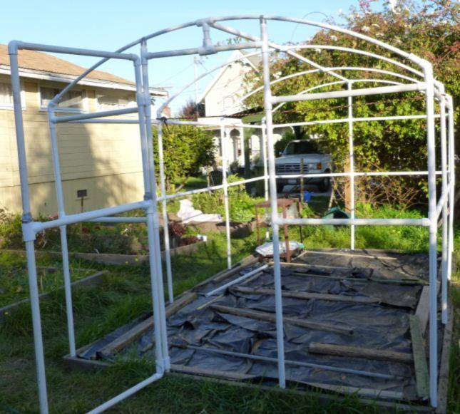 Building A Pvc Greenhouse Pvc Greenhouse Greenhouse Plans Greenhouse