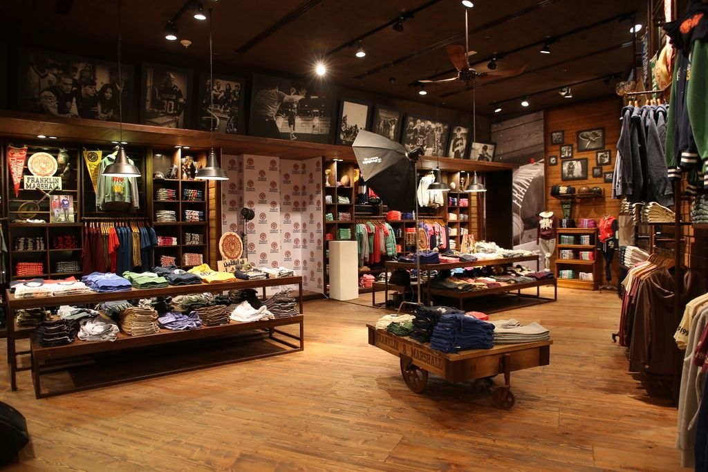 Franklin And Marshall Brings Vintage College Style To Dubai Mall Fish Cheese Dubai Mall College Fashion Store Design