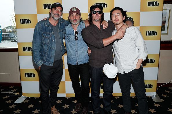 actors-jeffrey-dean-morgan-andrew-lincoln-norman-reedus-and-steven-picture-id579375248 (594×395)