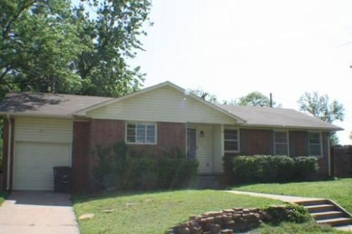 3831 S Indianapolis Tulsa Ok 74135 Hotpads Renting A House Historic Properties Hot Pads