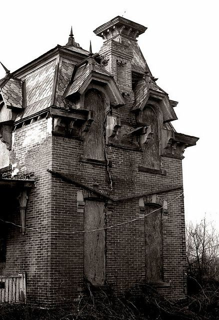 Freaky house in  Fremont,Ohio. Second empire 4.