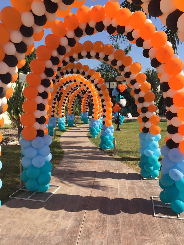 how to make a balloon arch stand