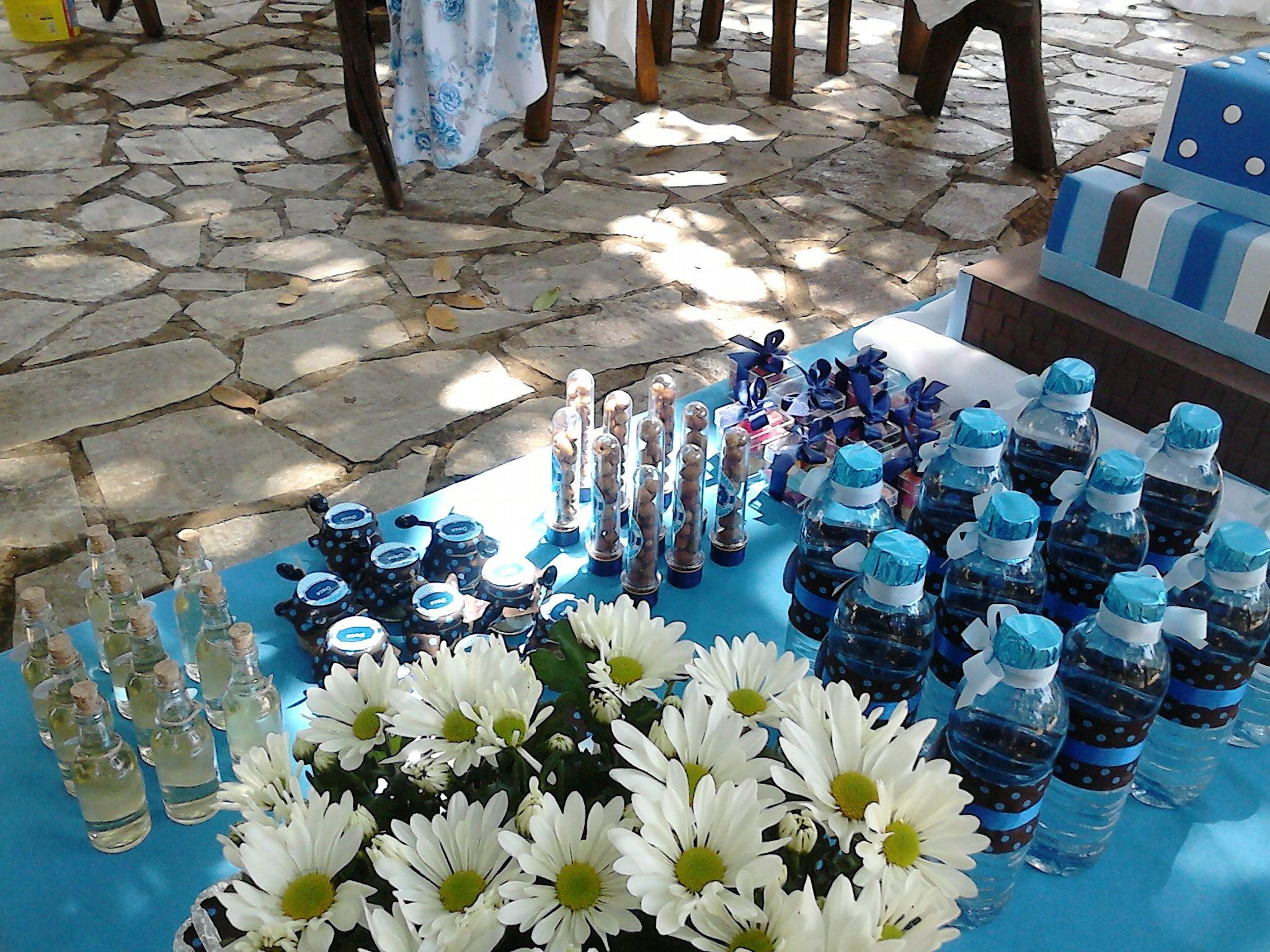 água personalizada, tubo de ensaio, potinhos, caixa de acrílico.  cintiasiqueirah@gmail.com