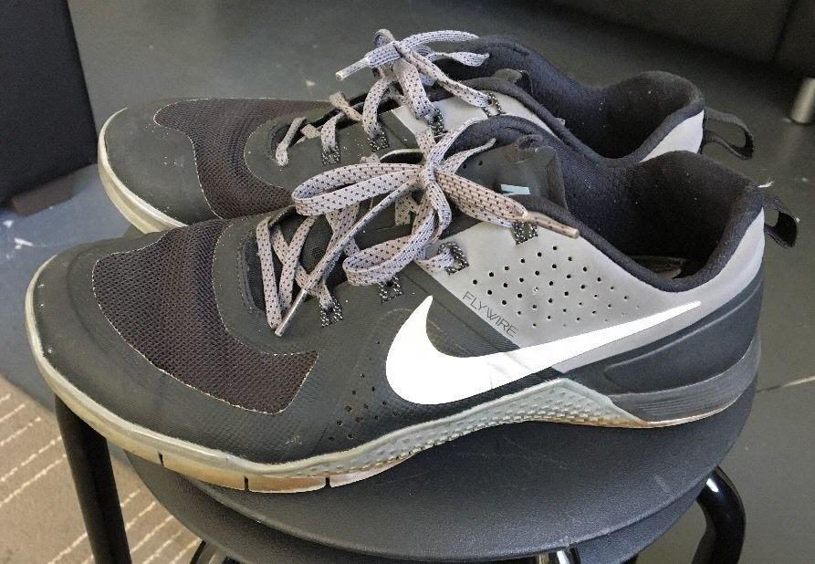 Nike Metcon 1 Mens Black Silver Grey 704688-002 Crossfit Training Shoes