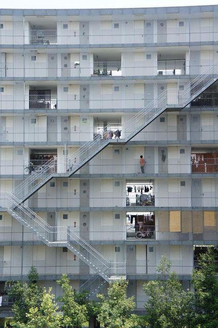 GIFU KITAGATA APARTMENT BUILDING | SANAA | archistate | Residential Building | Exterior Stair | Block Typology |