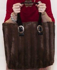 b00860223a00 two seam faux fur bag tutorial - mrs.polly rogers