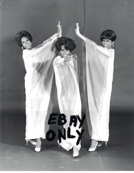 DIANA ROSS,MARY WILSON,CINDY BIRDSONG,SUPREMES,PHOTO
