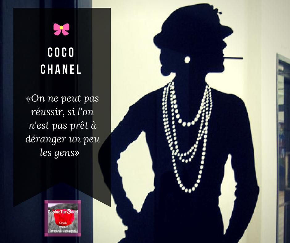Coco chanel citation robe noire