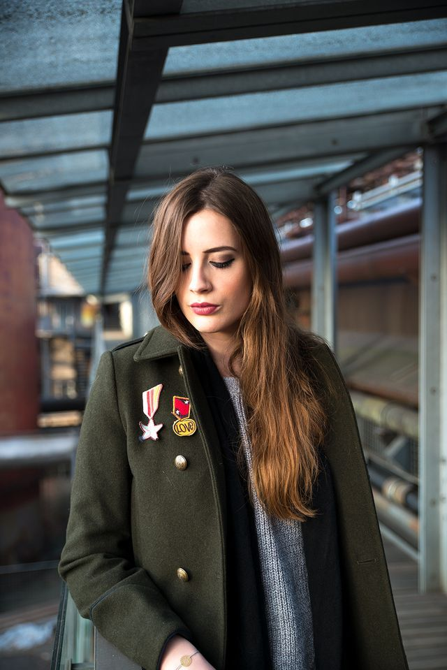 OUTFIT: Love'n'Patches - The Military Coat!