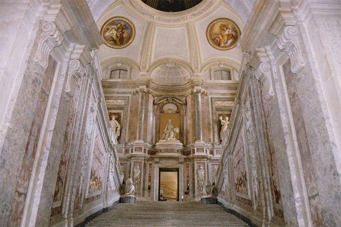 La Reggia di Caserta ~ L'ultimo Barocco italiano