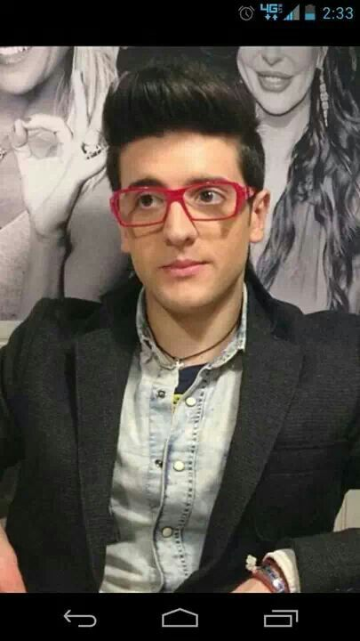 Piero : un uomo chi è troppo dolce e simpatica per questo mondo.