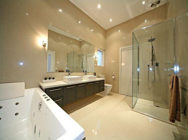 Contemporary Brilliance Residence House Modern Bathroom Spa Bath ...