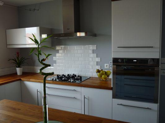 Photos de vos cuisines les groupes sur forumconstruire - Credence en carrelage pour cuisine ...