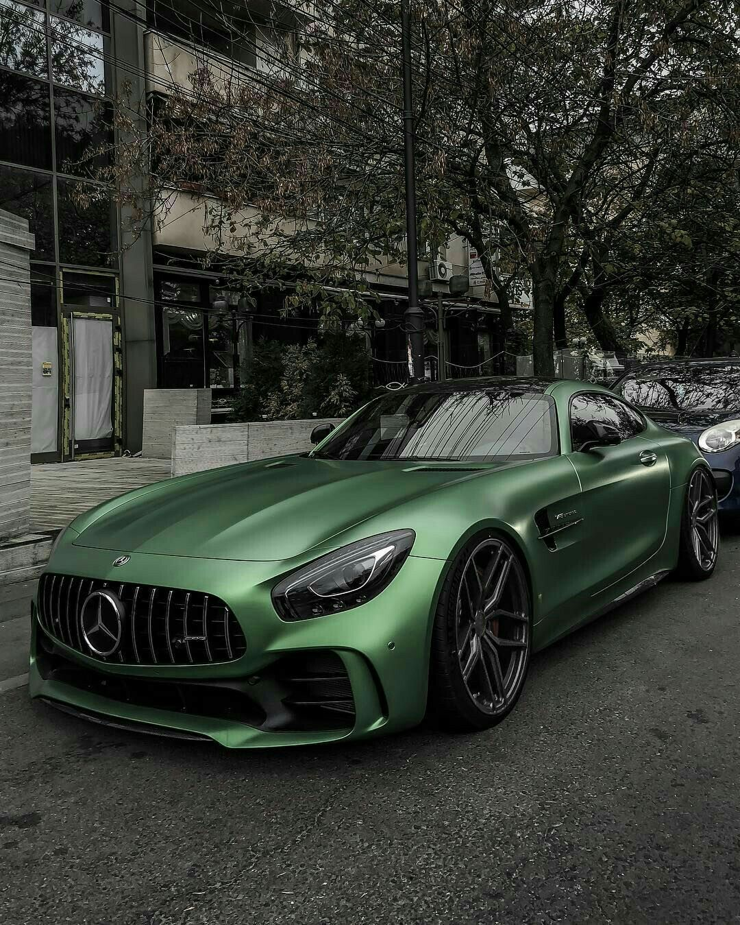 Mercedes-AMG GT R Finished In Matte Green : Mercedes_benz