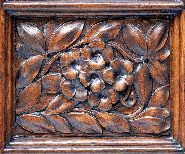 carved detail, Barcelona
