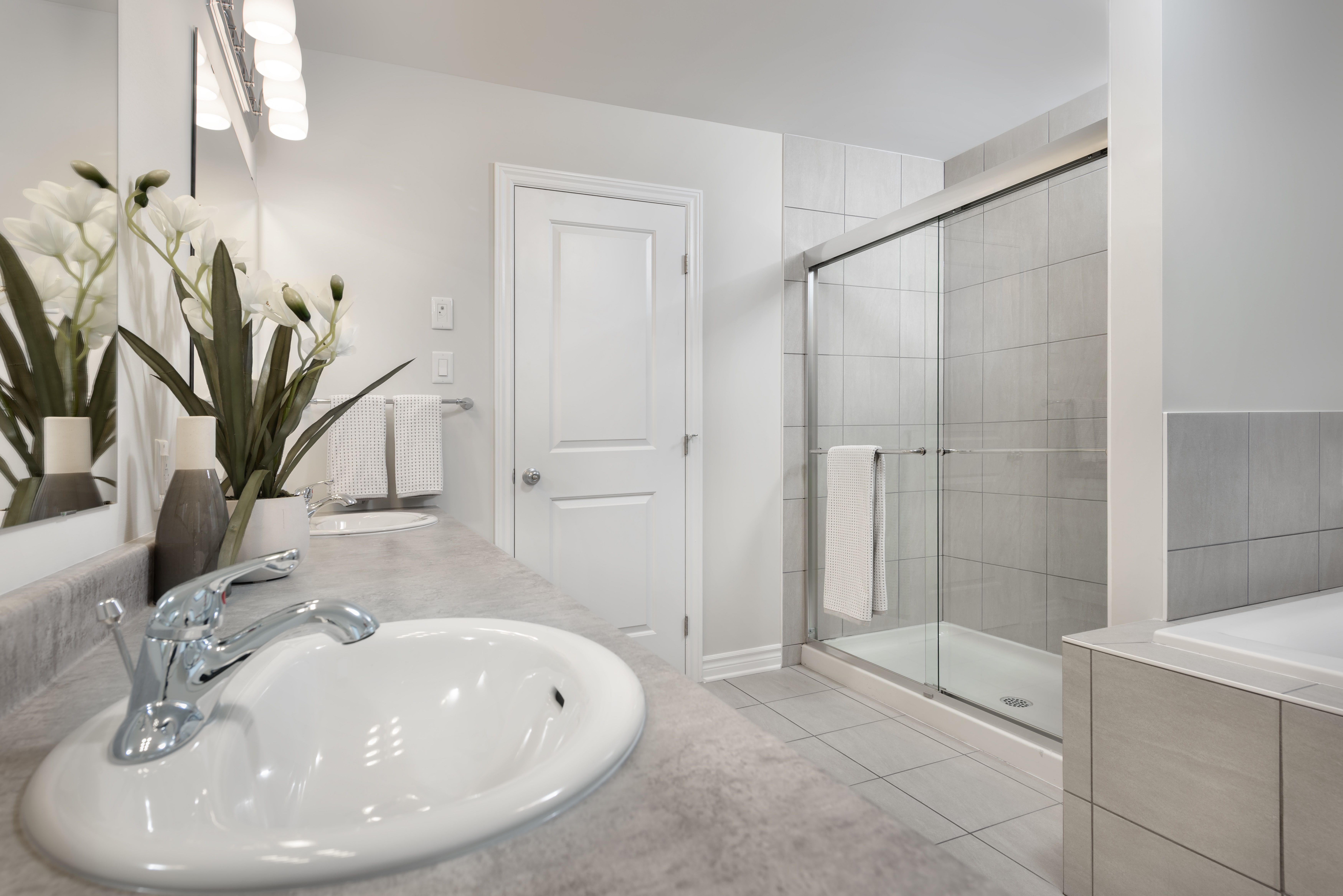 This Is The Ensuite Bathroom In The Summerhill Model Home In