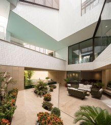 Three Gardens House in Kuwait by AGi architects   Yellowtrace