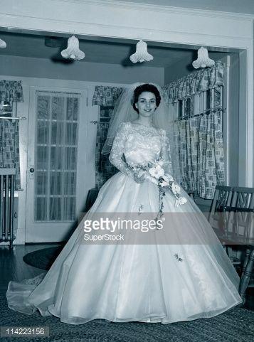 portrait wedding dress 1950 - Google Search | wedding vintage ...