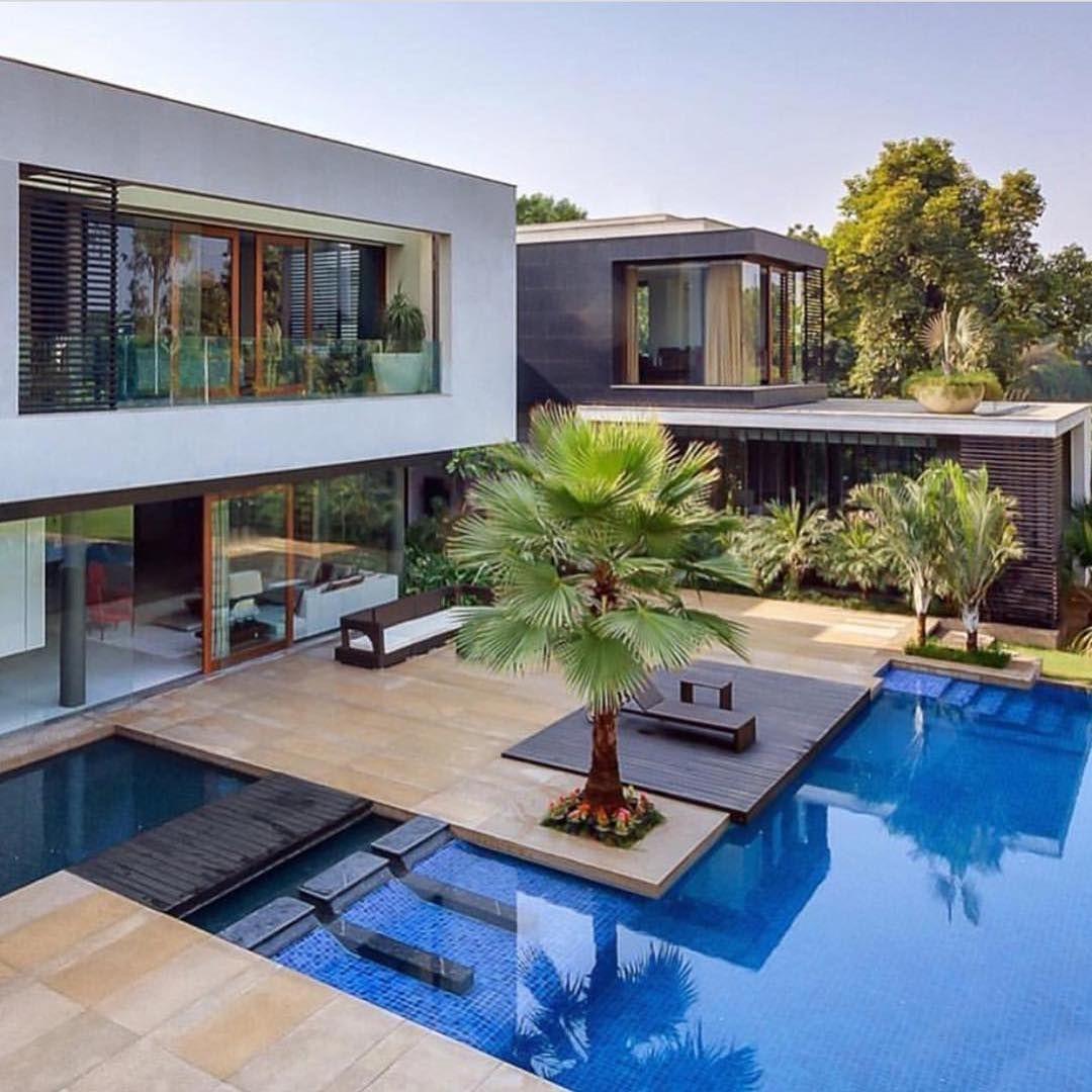 Casa Clara Location Miami Florida Sulaimandesign Luxury Luxuryhome Architect Luxuryhouse Arquitec Casas Con Piscina Piscinas Modernas Casas Modernas