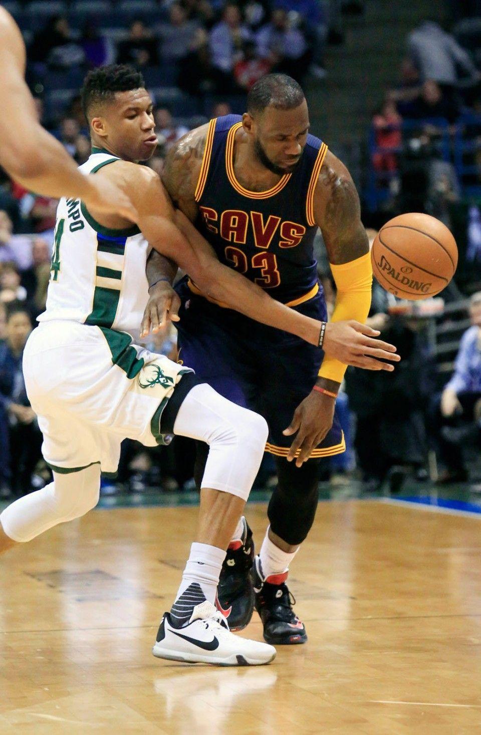 Cleveland Cavaliers Continue Positive Momentum With 109 80 Thrashing Of Milwaukee Bucks Nba Legends Milwaukee Bucks Gianni