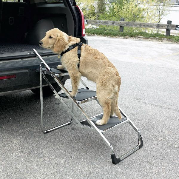 Non Skid 4 Step Pet Stairs For Suvs Folds When Done Steps Are Covered With Grooved Pvc Rubber To Prevent Dogs From Slip Large Dog Breeds Pet Stairs Dog Steps