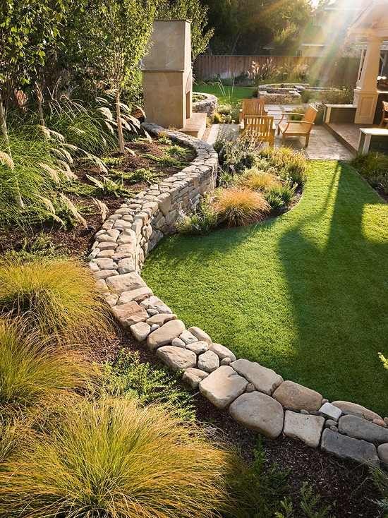 Assez Construire un mur de soutènement - 84 idées jardin pratiques  EG43