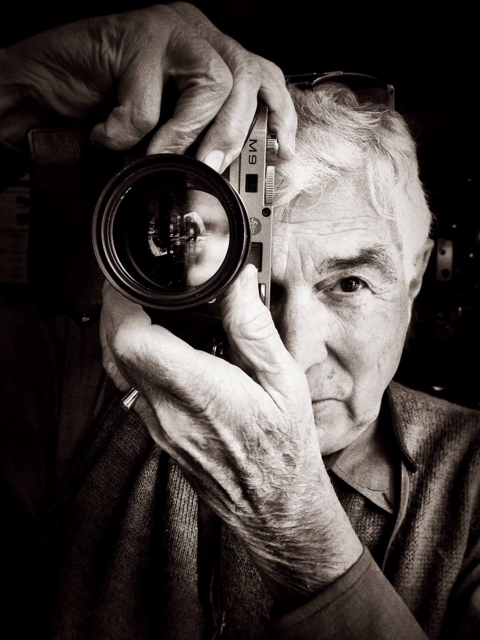 чадящие цитаты к портрету фотография эти времена