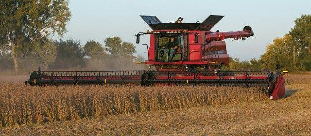 Case IH 9240 combine with 45ft Draper header | Tractors and