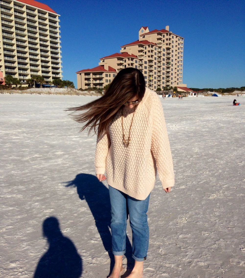 Boyfriend jeans hum sweater and beach hair mystyle my style