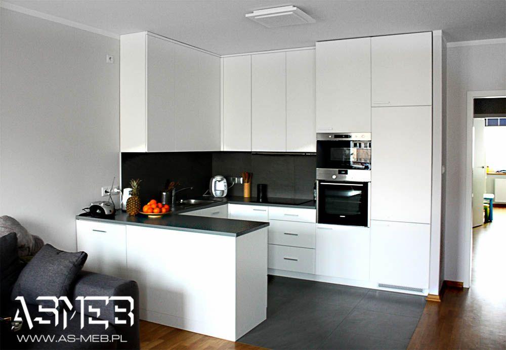 Biel Z Szaroscia Aneks Kuchenny Kitchen Furniture Design Modern Kitchen Apartment Small Apartment Kitchen