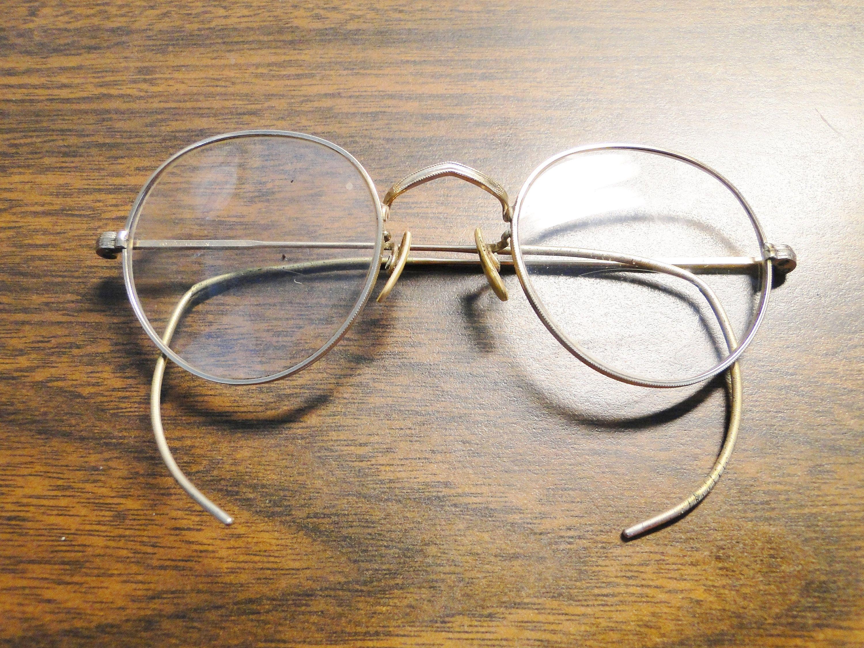 7942a1447240 Vintage 12K Gold Filled Wire Rim Eye Glasses - by EagleDen on Etsy ...