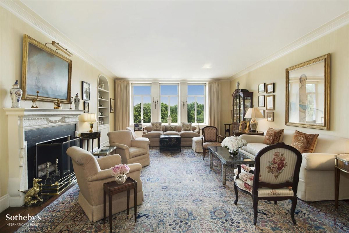 Beautiful Apartment At The Beresford Building Upper West Side New York City Apartment Beresford Beautiful Apartments