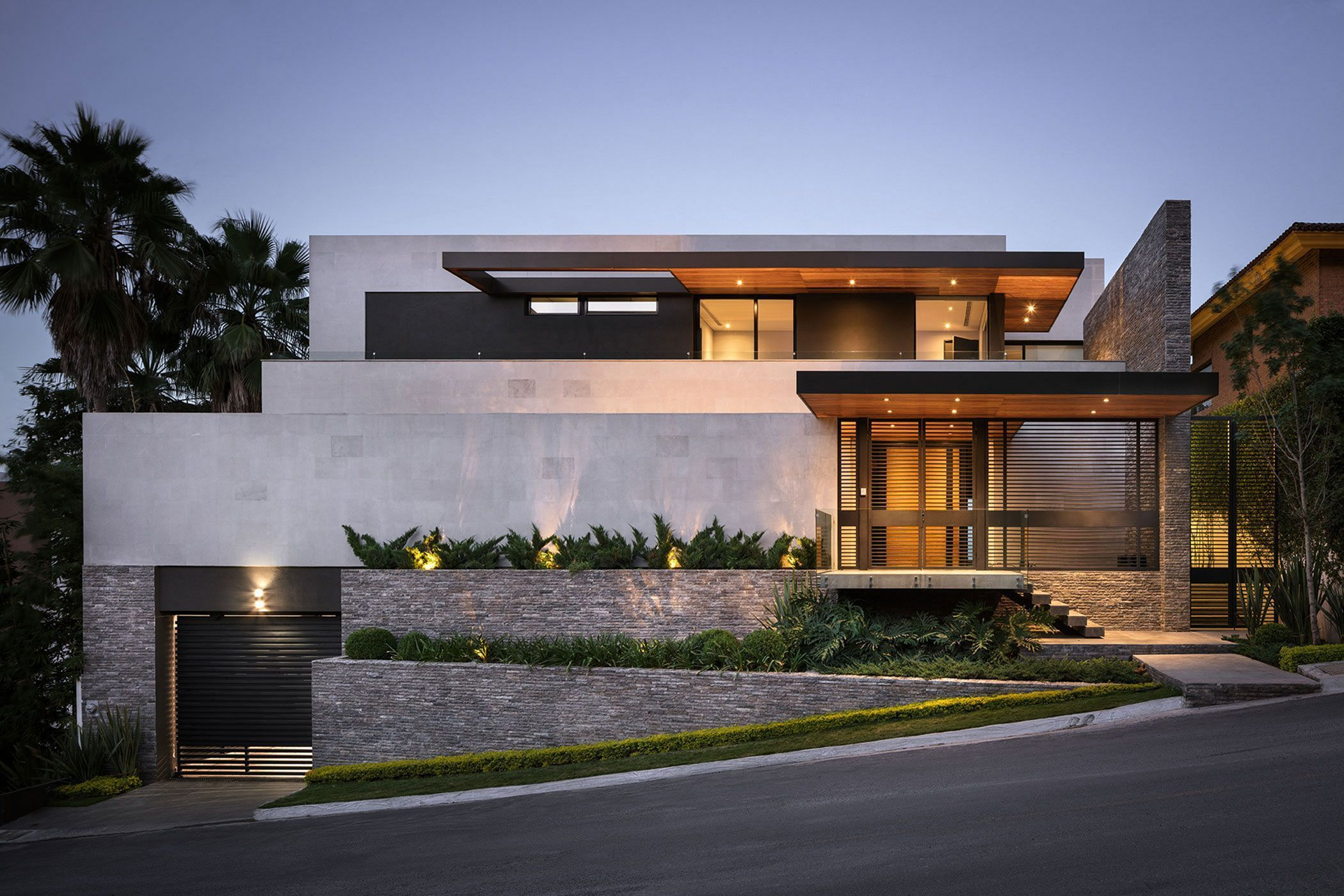 25 Stunning Modern Home Exterior Designs That You Can Imitate House Architecture Design Facade House Minimalist House Design