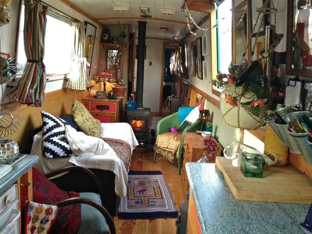 Beautiful Narrowboat for sale mooring until April 2016