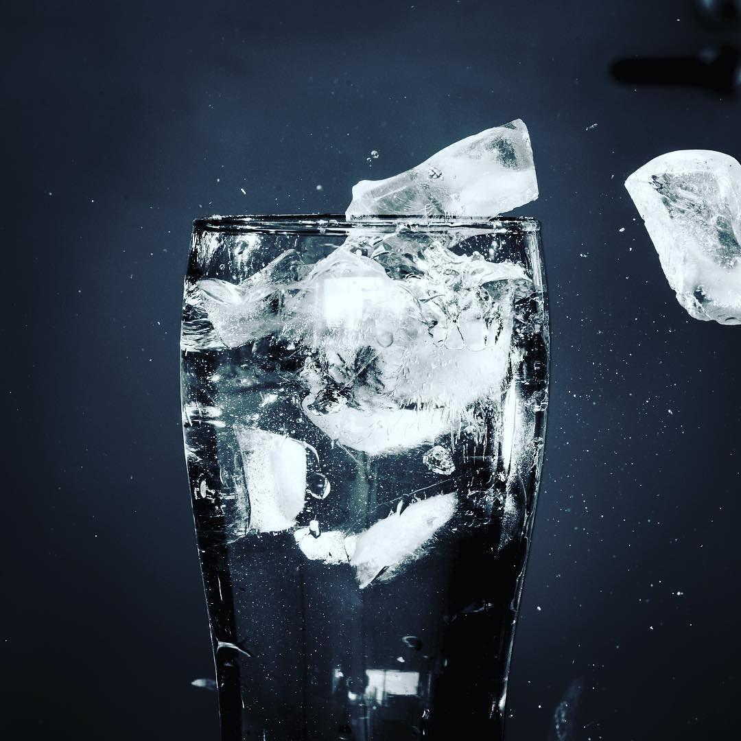 Laser tripwire ice = good times. #arduino #d750 #nikon #lasers ...