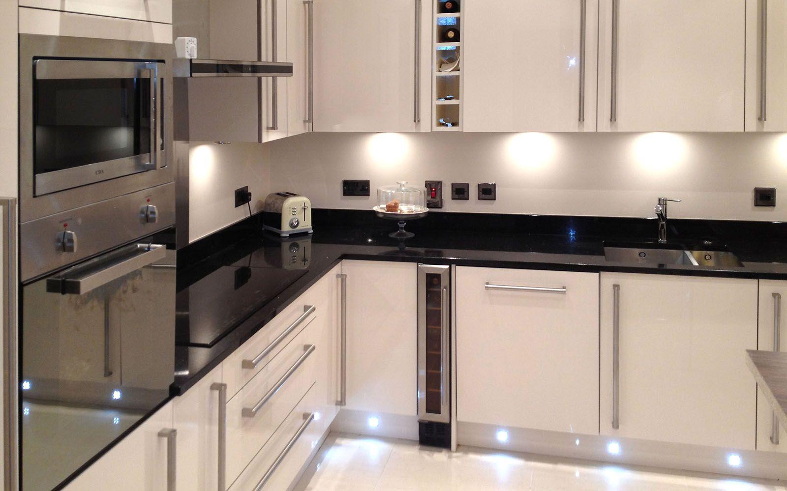 Great Colours Modern And Light Wine Shelf Plinth Lights Granite Tops High Gloss Kitchen Gloss Kitchen Glossy Kitchen