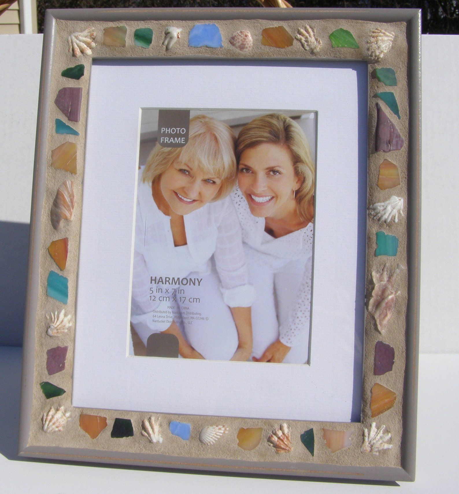 5 X 7 Seashell Mosaic Photo Frame 8 X 10 Picture Frame Etsy Photoframe Mosaicphotoframe Mosaisdesign Photo Mosaic Photo Frame Frame