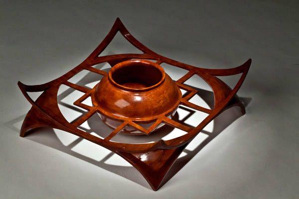 Amboina Bowl [Another fine winged idea.]