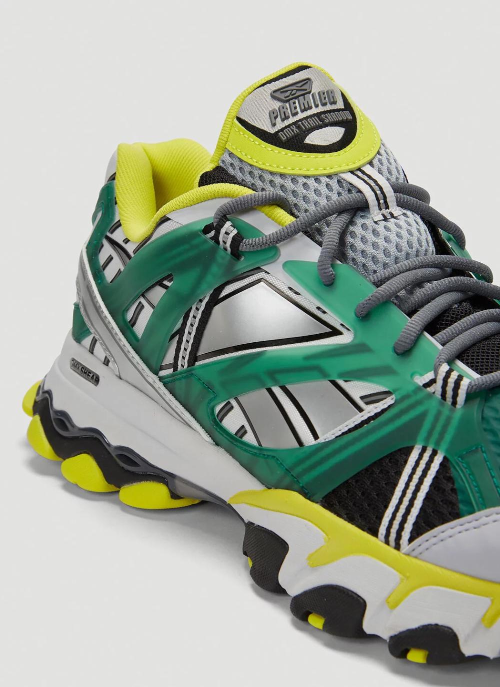Pronombre servir Muñeco de peluche  Reebok DMX Trail Shadow Sneakers in Green | LN-CC in 2020 ...
