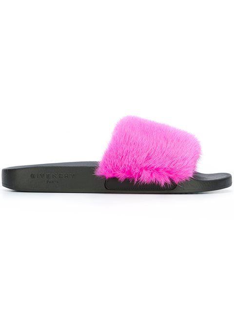 1525e32cbf065e FOX FUR SLIDERS  style  fashion  footwear  trend  onlineshop ...