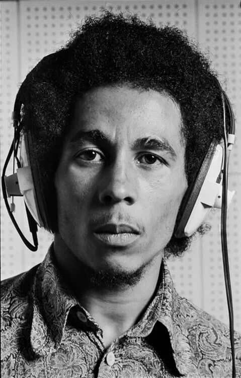 Bob marley wearing headphones. #music #headphones #bobmarley http://www