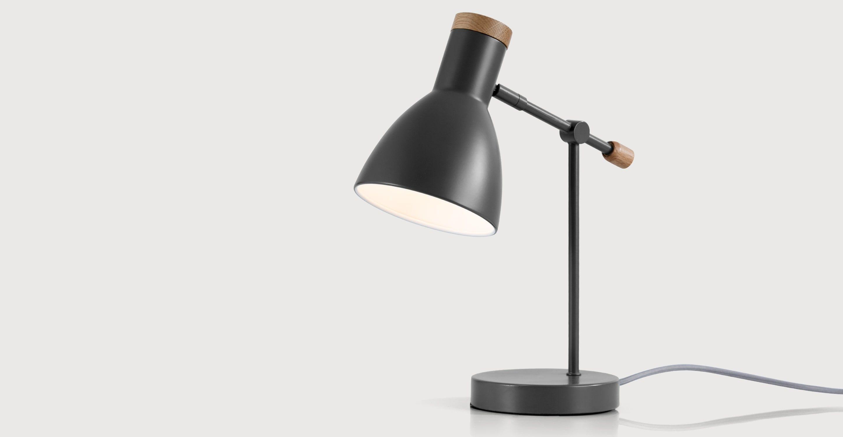 Lamp Slaapkamer Nachtkastje : Cohen nachtkast lampje diepgrijs en amerikaanse eik verlichting
