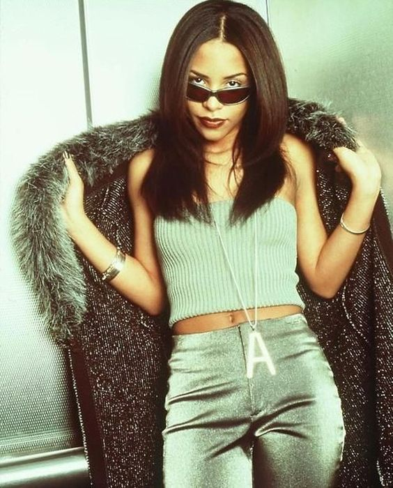 Here Are 11 Aaliyah's looks We'll All Be obsessed with Because they are super Iconic.